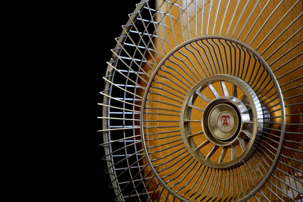 Best Battery Powered Fan for Camping in 2021