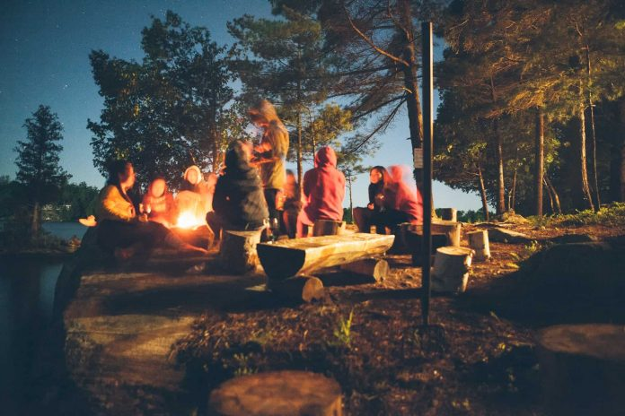 benefits of camping with friends and family